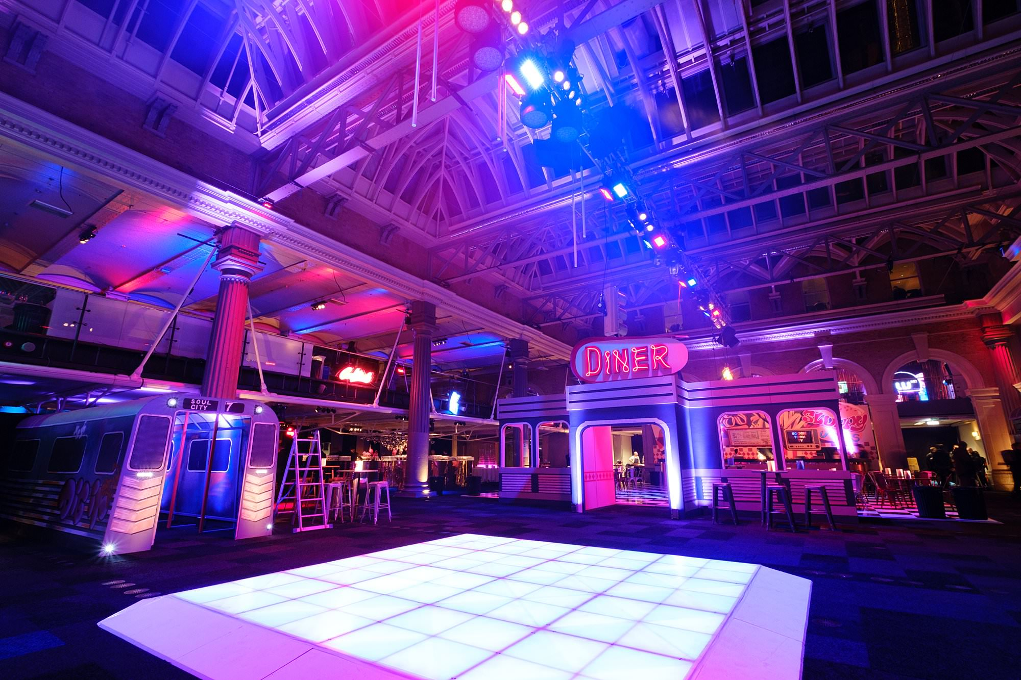 london event photographer old billingsgate delicious 001 - A Corporate Party at Old Billingsgate