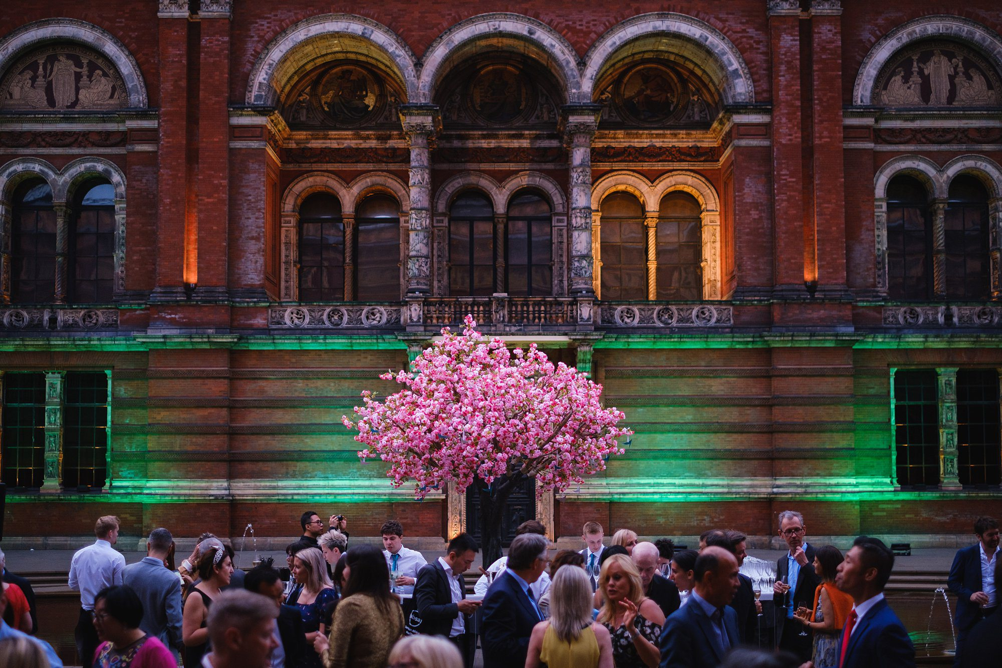 victoria albert event photographer london 053 - Summer party at the V&A Museum
