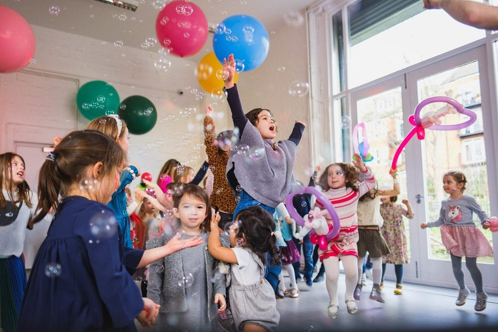 childrens party photographer london nadia5 022 1000x667 - A 5th birthday party in Camden