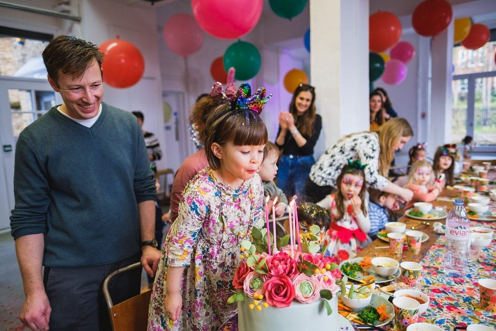 childrens party photographer london nadia5 026 1000x667 - A 5th birthday party in Camden