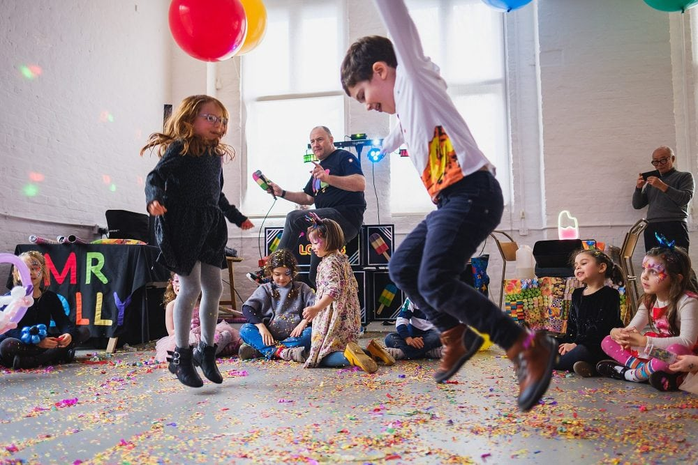 childrens party photographer london nadia5 037 1000x667 - A 5th birthday party in Camden