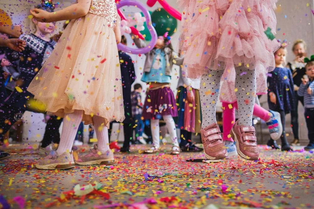 childrens party photographer london nadia5 038 1000x667 - A 5th birthday party in Camden
